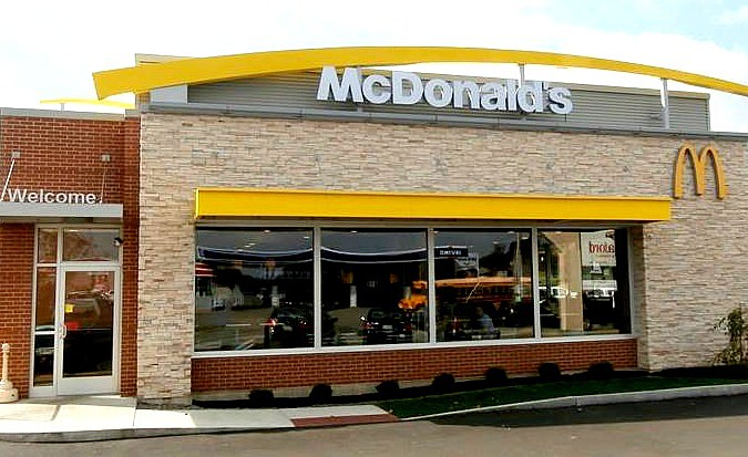 & New McDonalds Opens In Houlton Today